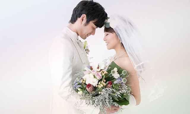 結婚式の男女イメージ画像
